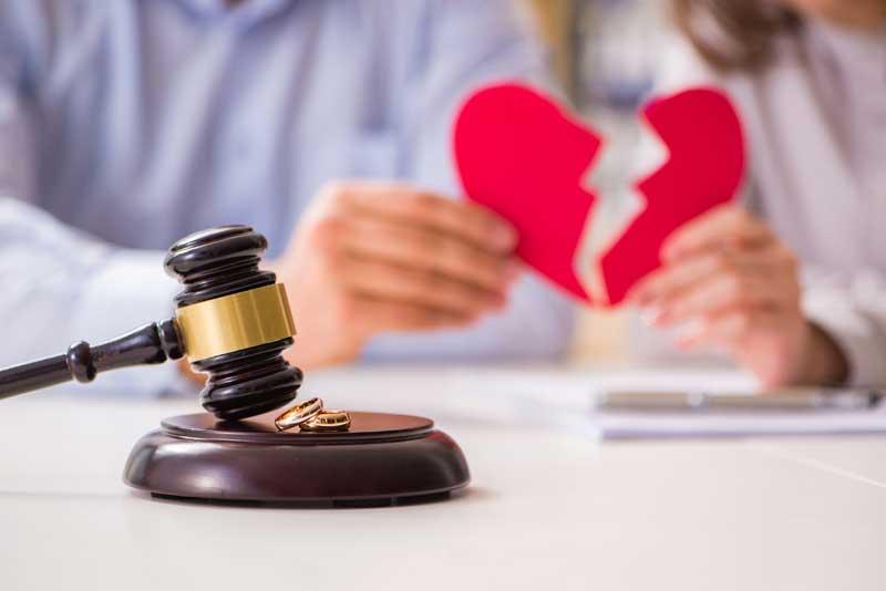האם להתגרש כשההורים הם אלה שמפריעים לקשר